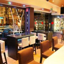 Resultado de imagen de decoracion de bares y cafeterias